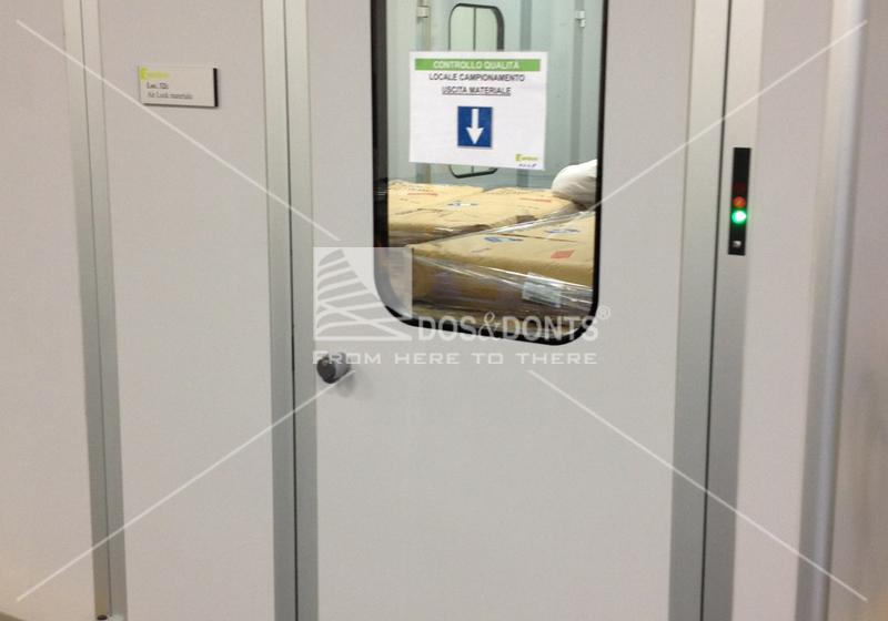 Clean Room doors interlock